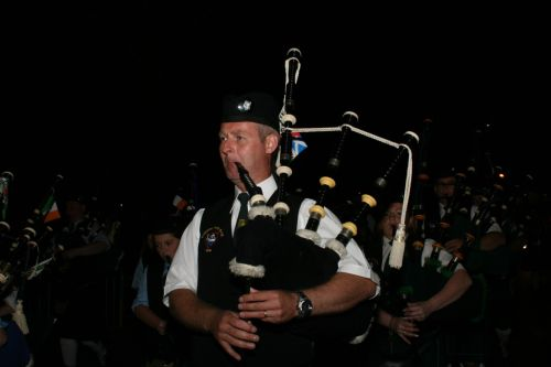 Festival Interceltique Lorient 2004 - Youghal Pipe Band (46)