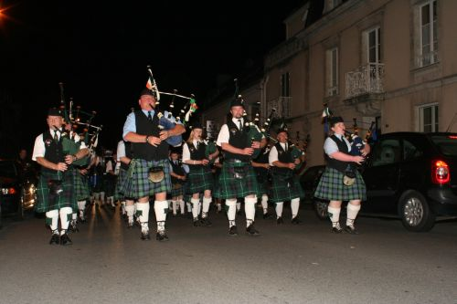 Festival Interceltique Lorient 2004 - Youghal Pipe Band (59)