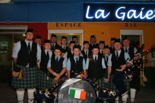 Festival Interceltique Lorient 2004 - Youghal Pipe Band (71)