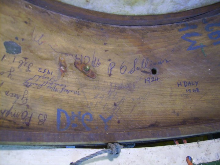 old-drum-past-members-signatures-found-youghal-pipe-band (6)