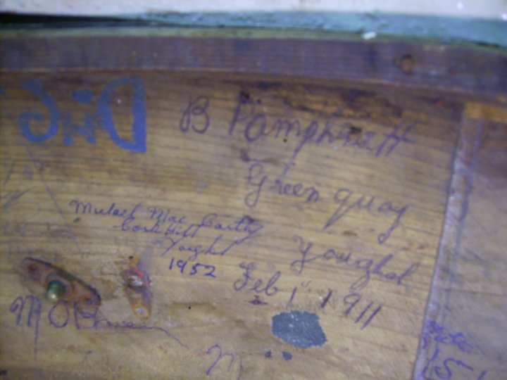 old-drum-past-members-signatures-found-youghal-pipe-band (8)